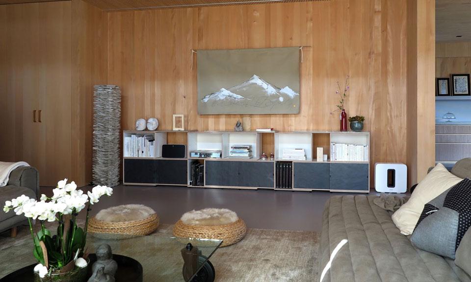 xilobis-schwarzes-lowboard-einrichtung-fuer-wohnzimmer